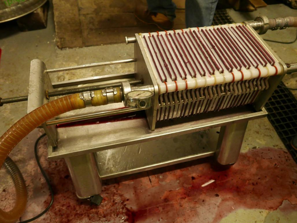 Filtering van de wijn